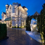 Eight Rooms - Macalister Mansion